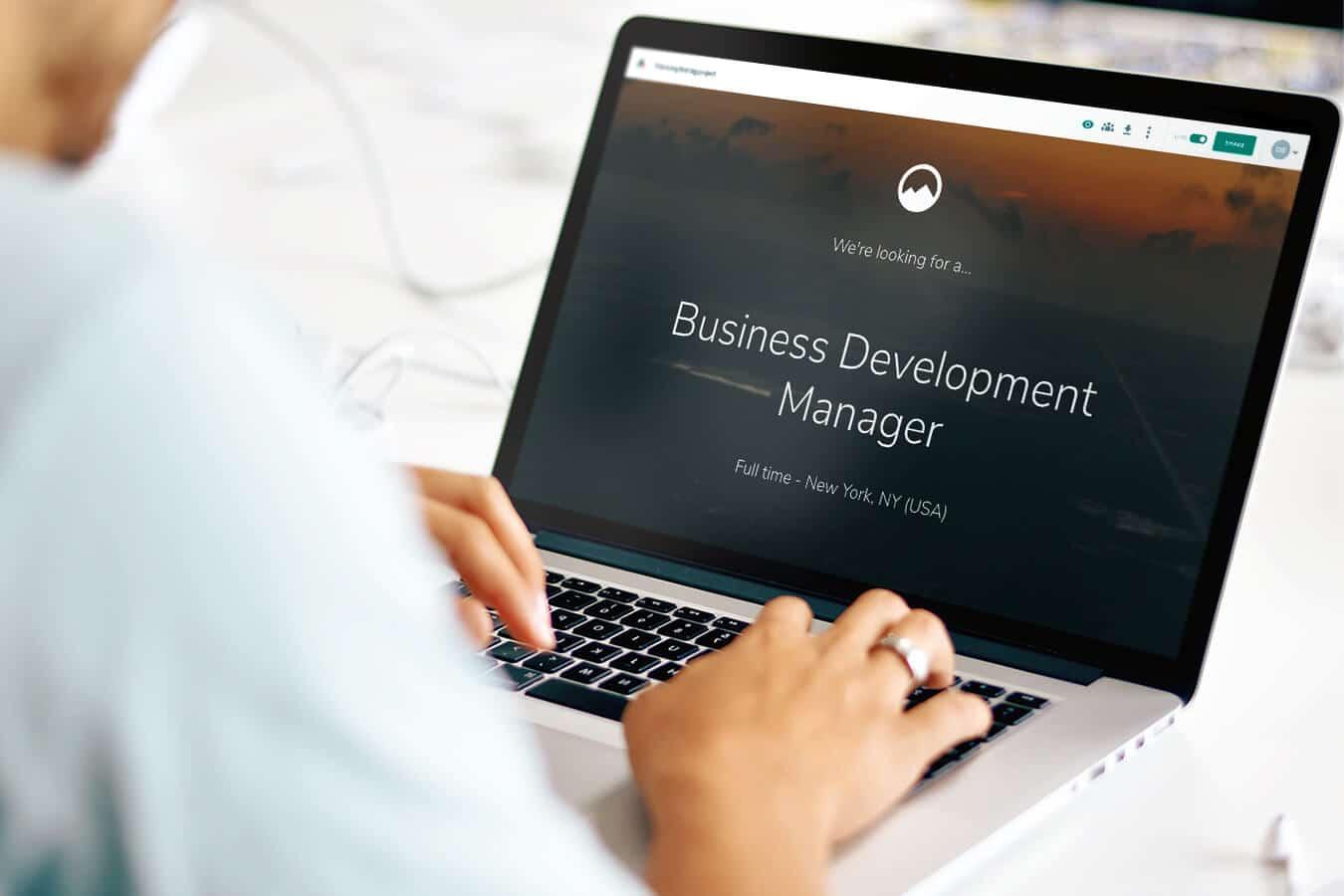 laptop-business-developer-manager-jd